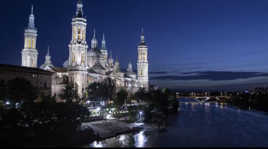 https://www.google.es/url?sa=i&rct=j&q=Zaragoza&esrc=s&url=https%3A%2F%2Fviajandoporlibre.com/que-ver-en-zaragoza%2F