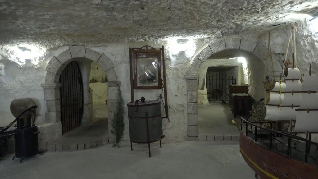 cueva Alarcon